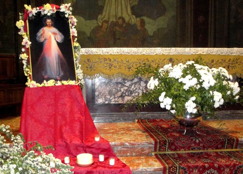 23 avril, Fête de la Miséricorde à Saint-Sauveur : prière à la Divine Miséricorde, vénération du tableau, chapelet à la Miséricorde Divine, vêpres.
