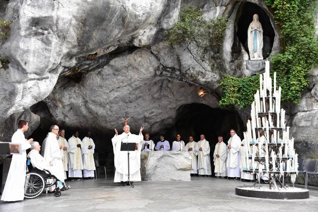 Calendrier Des Pelerinages Lourdes 2019.Pelerinage Diocesain A Lourdes Diocese D Albi