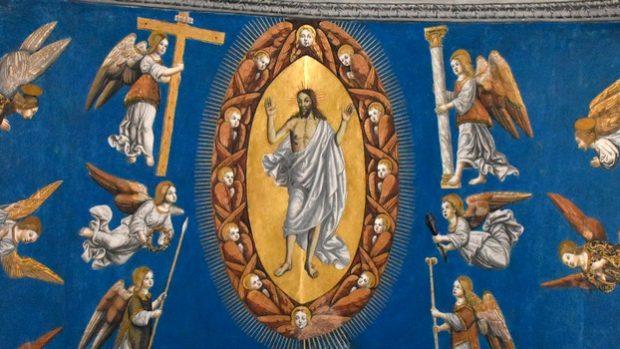 Fresque représentant Jésus ressuscité, entouré des anges portant les instruments de la PassionCathédrale Sainte-Cécile